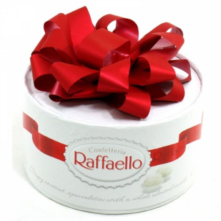 Конфеты Raffaello 100г.