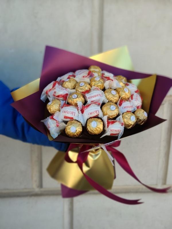 Букет из конфет Ferrero+Raffaello
